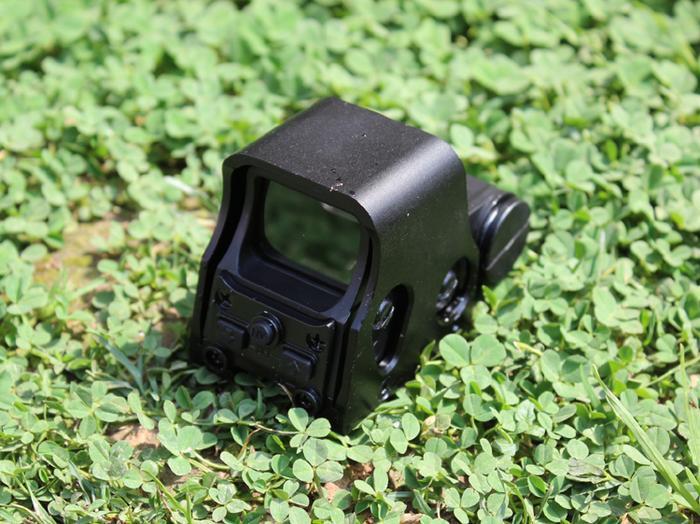 553全息狙击枪瞄准镜 内红点反射式瞄准-产品展示